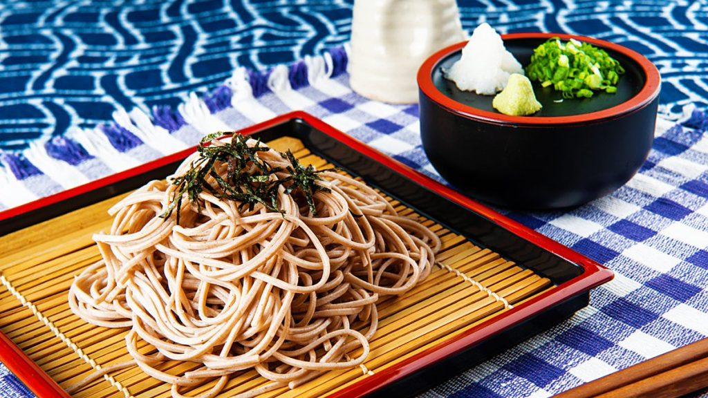 comer soba en tokio
